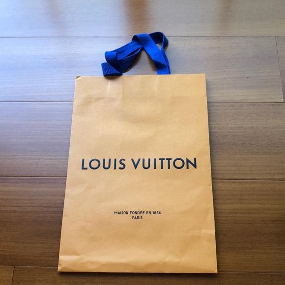 Louis Vuitton Other - Louis Vuitton shopping paper bag